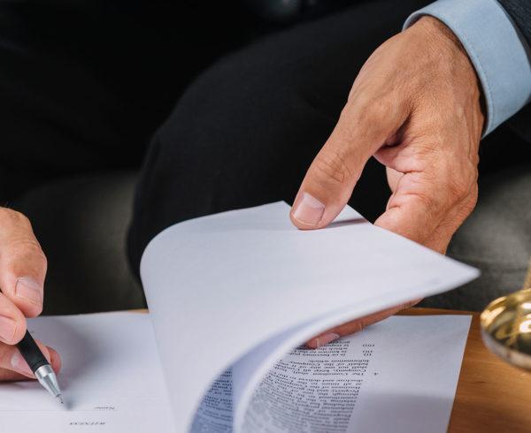 Nueva-ley-tecnologia-algoritmos-derechos-autor-mercado-digital-MOscardo-abogados